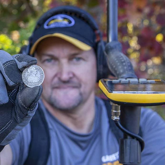 Металотърсач Garrett APEX с безжични слушалки